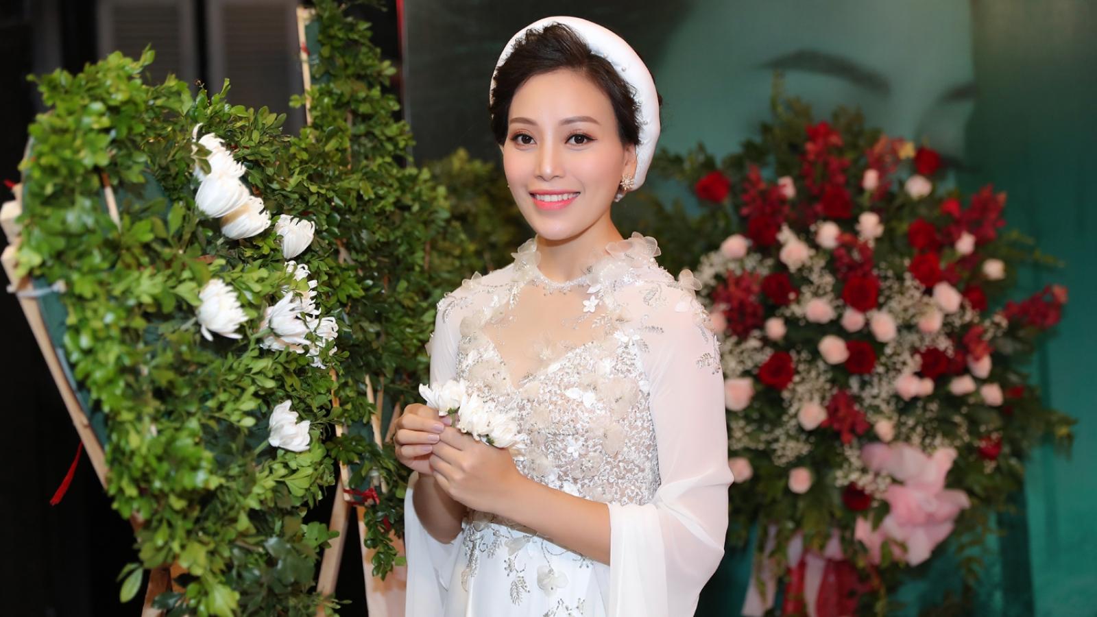 """""""Sao Mai"""" Huyền Trang ra bộ 3 MV xúc động về tình cảm thời chiến"""