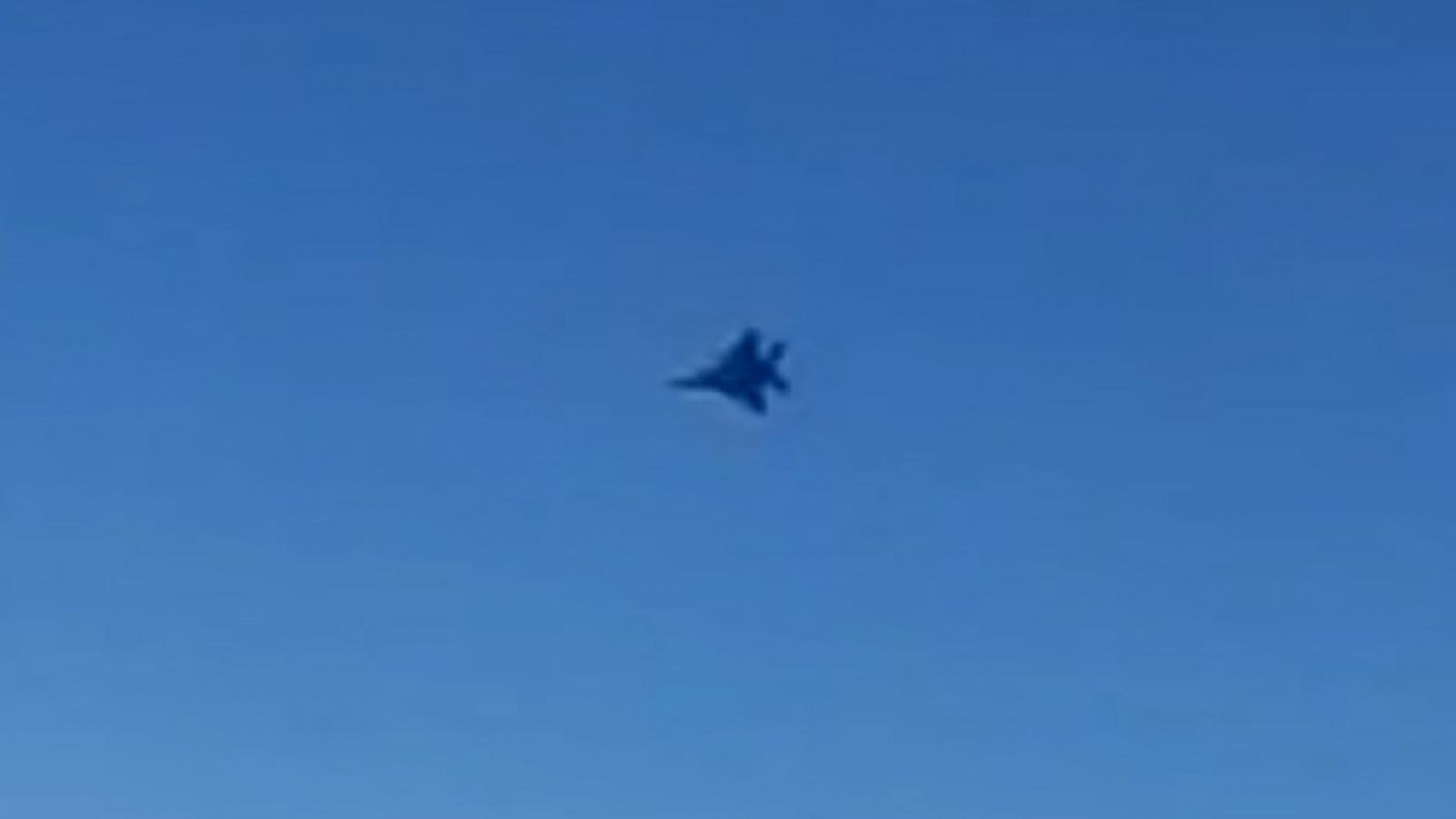 Máy bay Iran hạ độ cao tránh tiêm kích F-15 trên không phận Syria