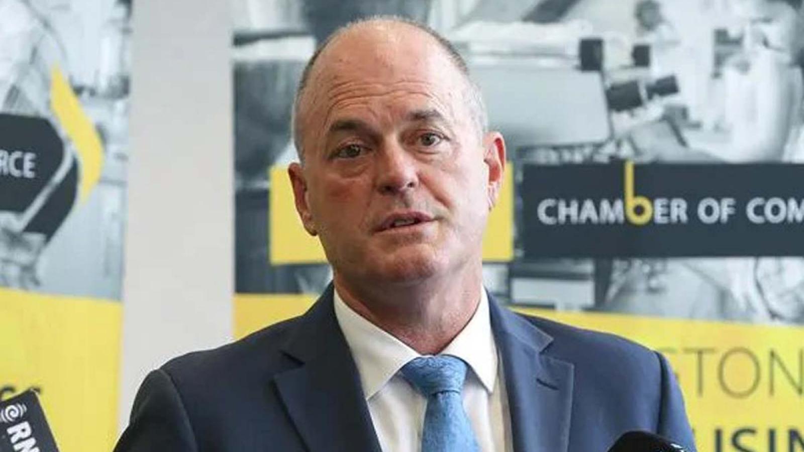Lãnh đạo phe đối lập New Zealand bất ngờ từ chức trước bầu cử