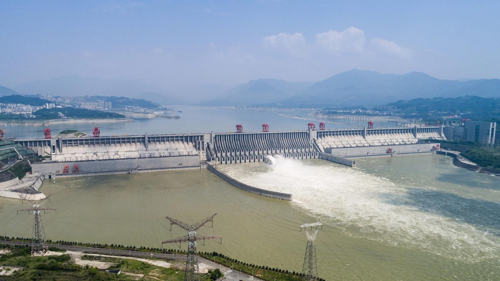 Trận lũ thứ 3 đổ về sông Dương Tử, Đập Tam Hiệp xả nước kỷ lục