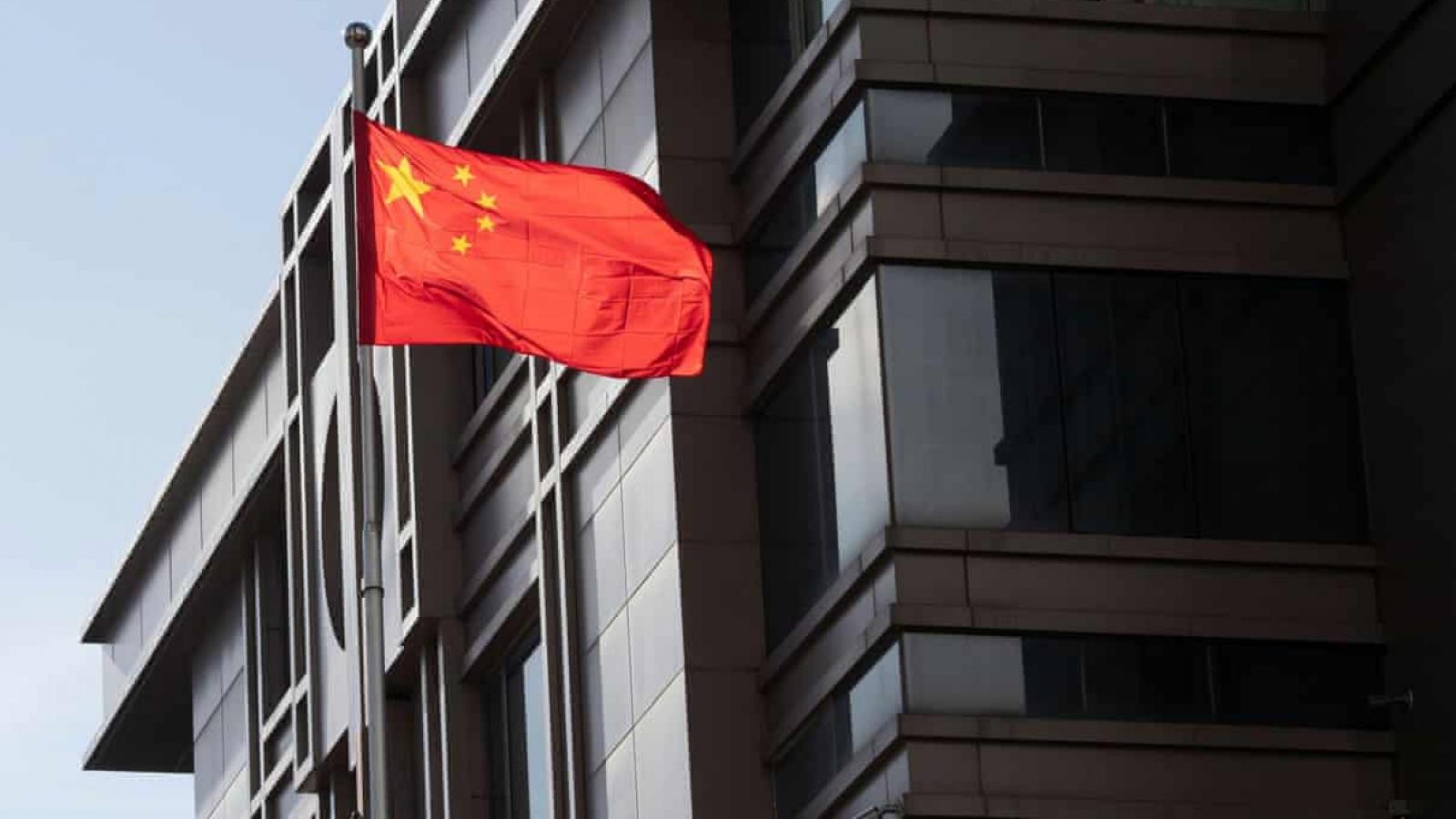 FBI: Nhà khoa học Trung Quốc trốn trong Lãnh sự quán để tránh bị bắt