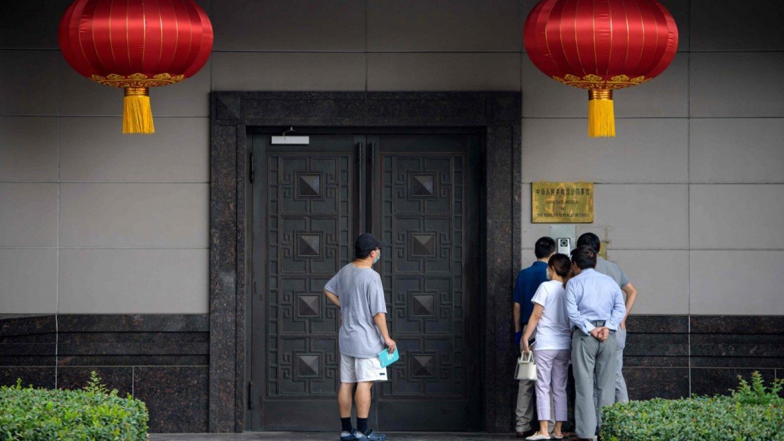 Nhà ngoại giao Mỹ: Lãnh sự quán Trung Quốc là trung tâm tình báo