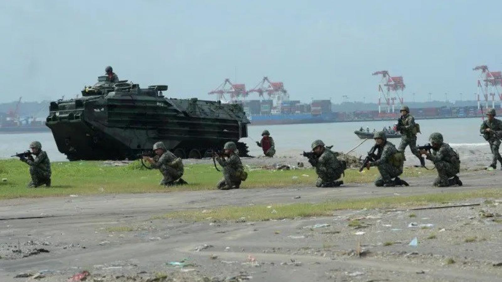 Trung Quốc cố gắng lấy lòng Philippines trong vụ Biển Đông mới đây