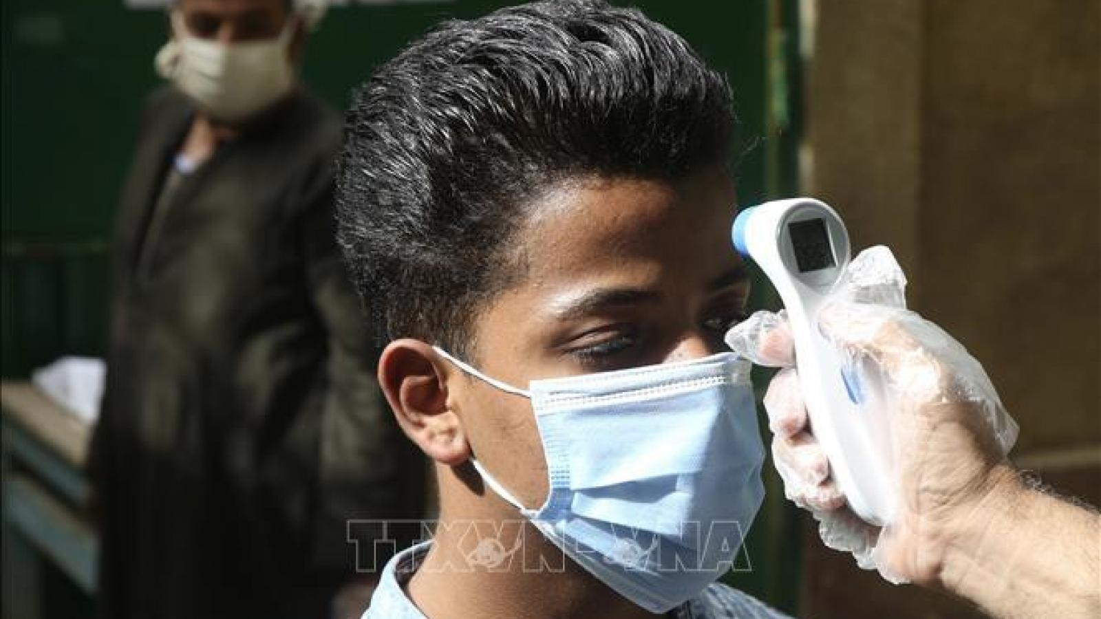 Số ca mắc Covid-19 liên tục giảm mạnh tại Ai Cập