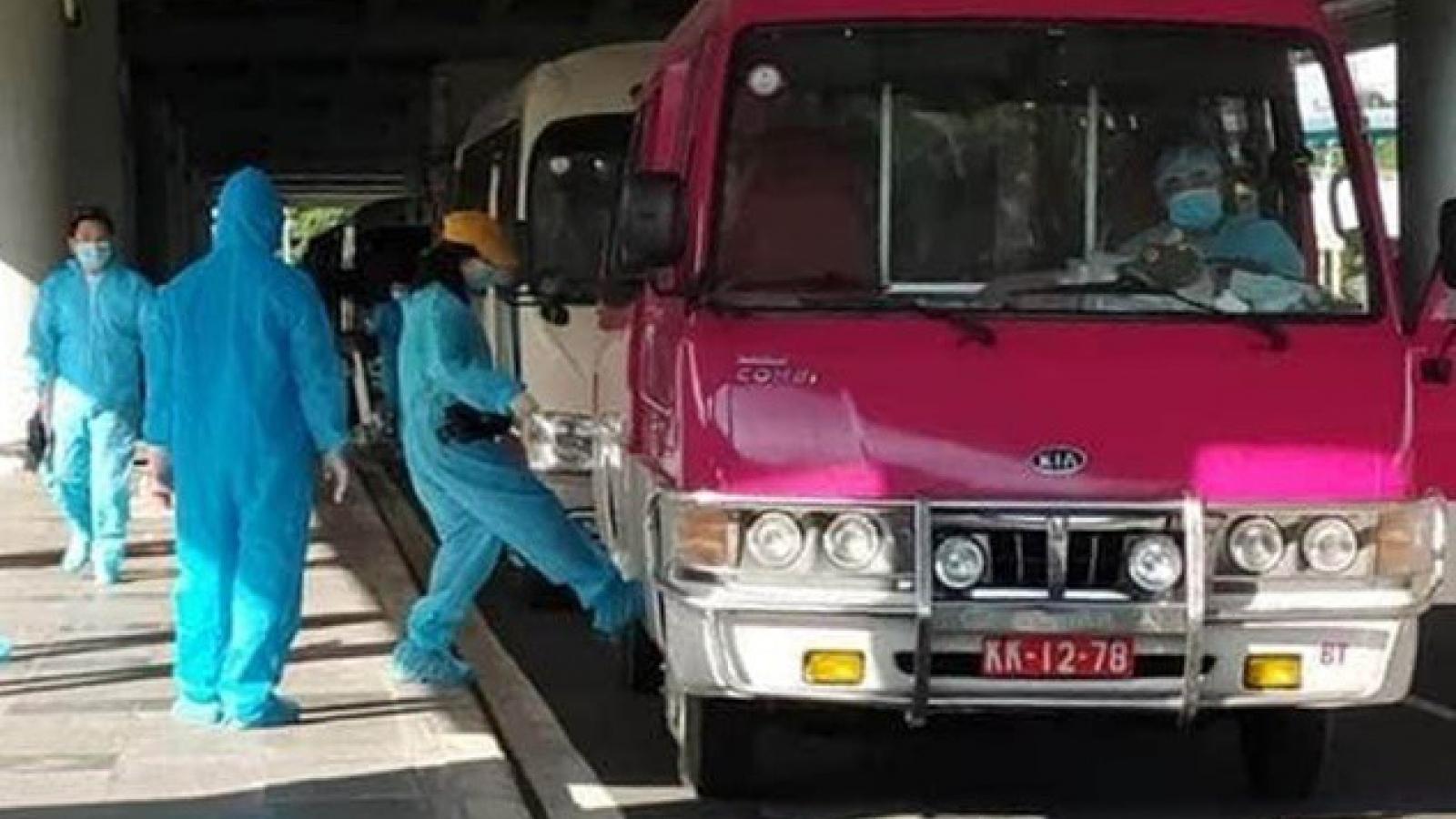 Bến Tre tiếp nhận cách ly 160 công dân về từ Malaysia về nước