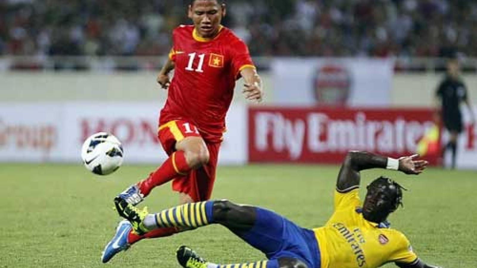 Ngày này năm xưa: ĐT Việt Nam có trận cầu lịch sử với Arsenal