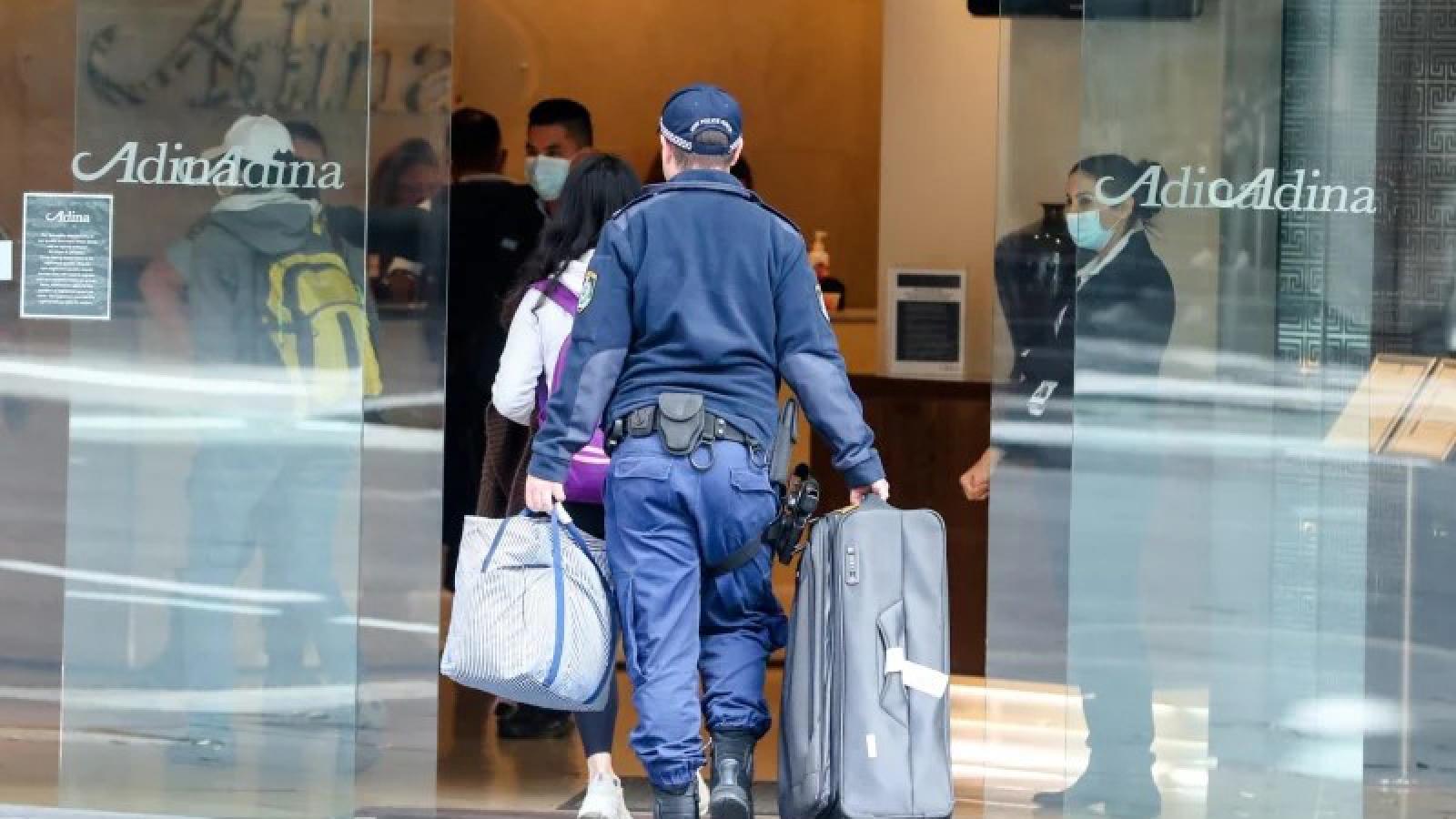 Australia cân nhắc giảm số người nhập cảnh để đảm bảo cách ly an toàn