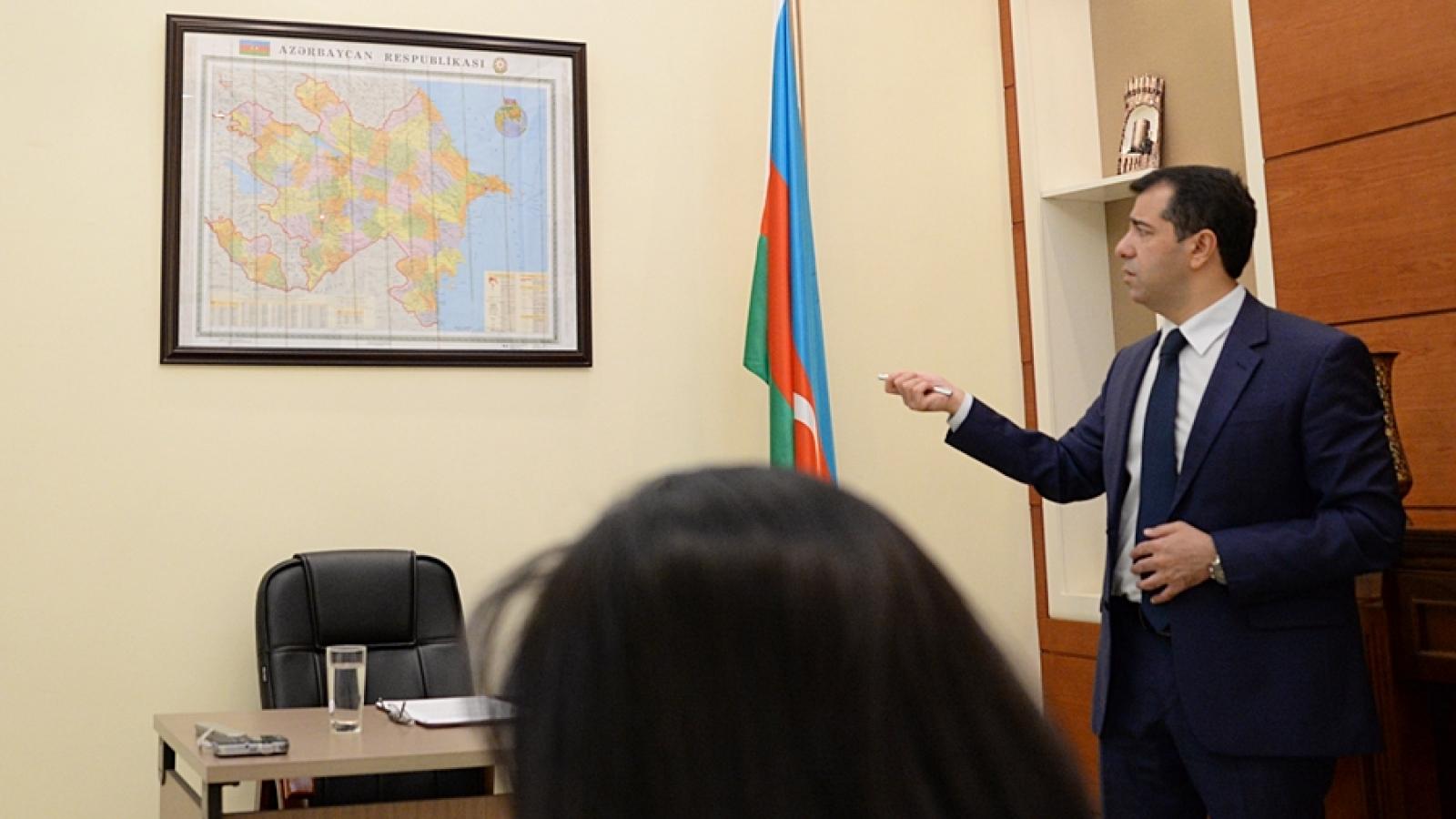 Tướng Azerbaijan tử trận, UAV được huy động để đối phó Armenia