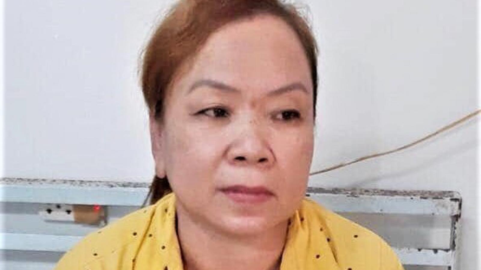 Khởi tố, bắt tạm giam đối tượng ngược đãi mẹ ruột