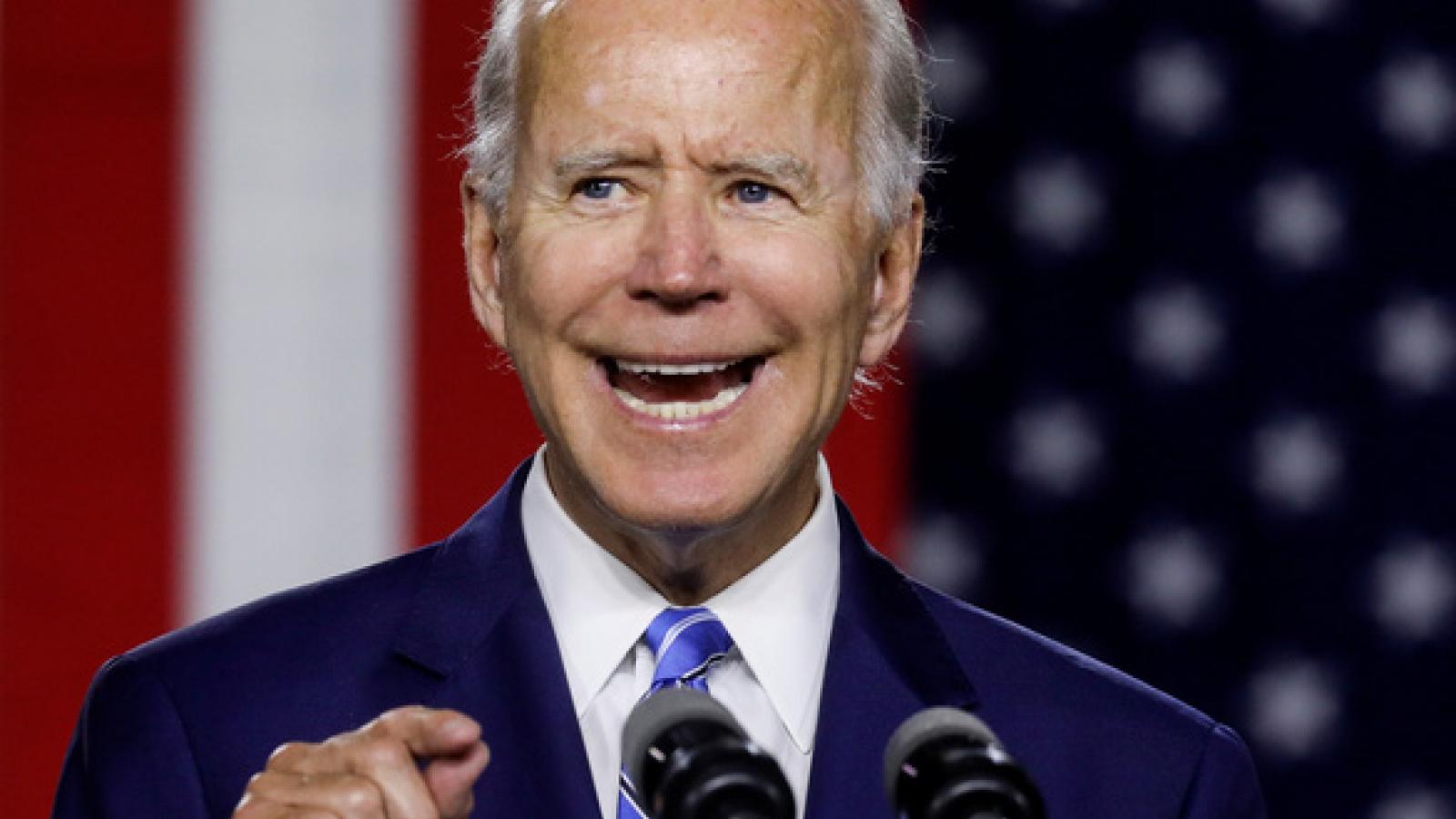 """Bầu cử Mỹ: Biden tính kế làm lung lay """"căn cứ"""" của Trump"""
