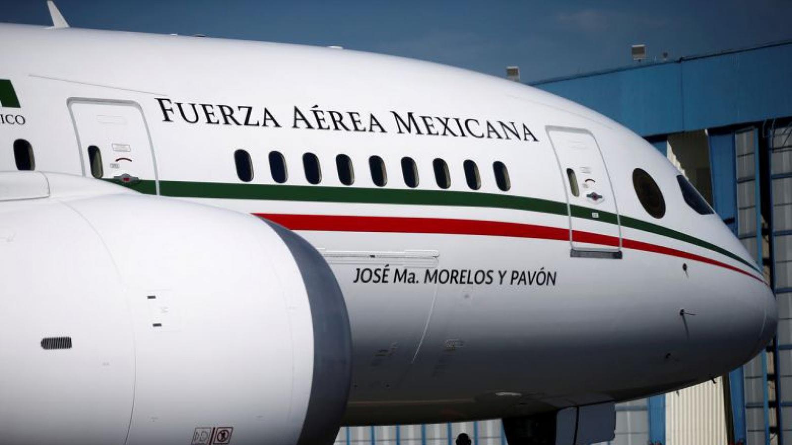 """Chuyên cơ của Tổng thống Mexico """"ế khách"""" khi được rao bán ở Mỹ"""