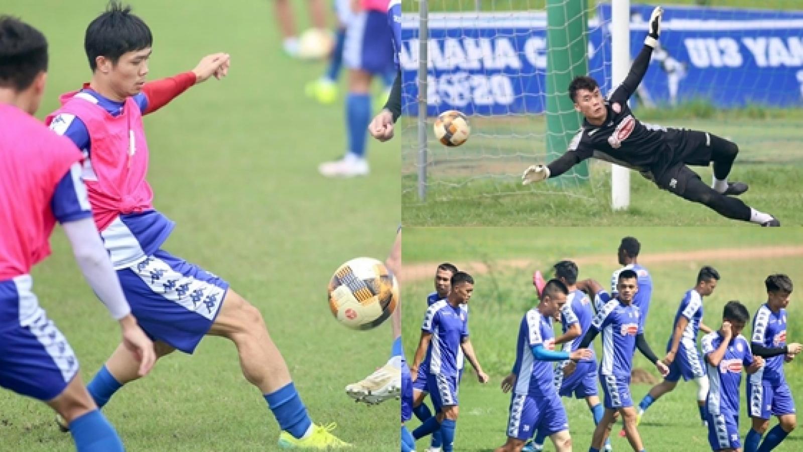 Công Phượng, Bùi Tiến Dũng đội nắng tập luyện trước trận gặp Hà Nội FC