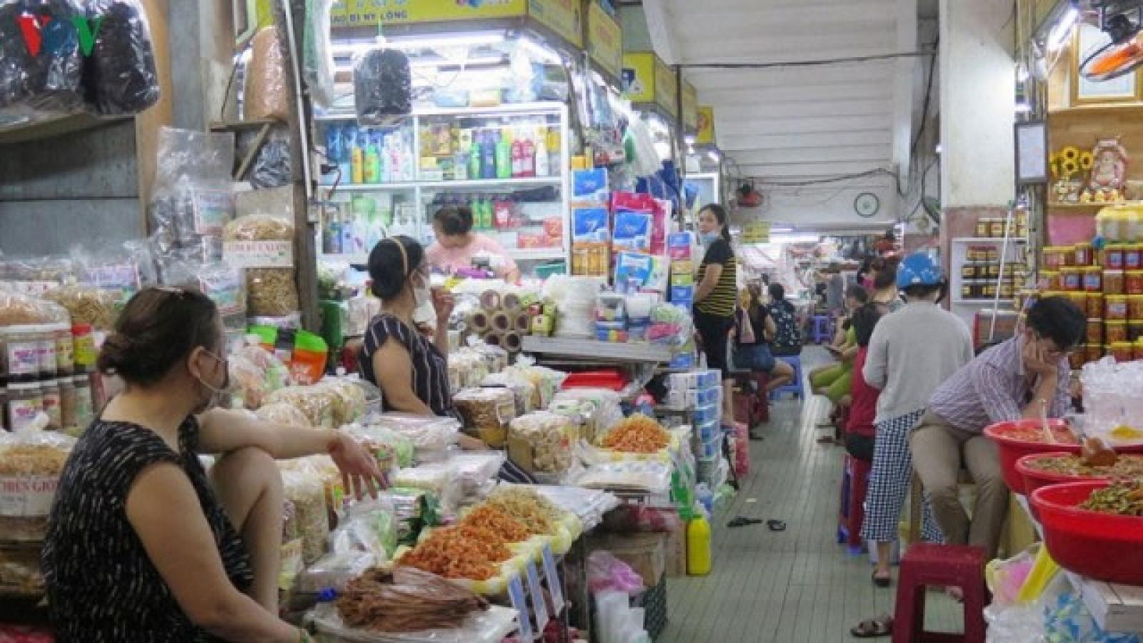 Giao dịch mua - bán tại Đà Nẵng phải đảm bảo khoảng cách tối thiểu 1m
