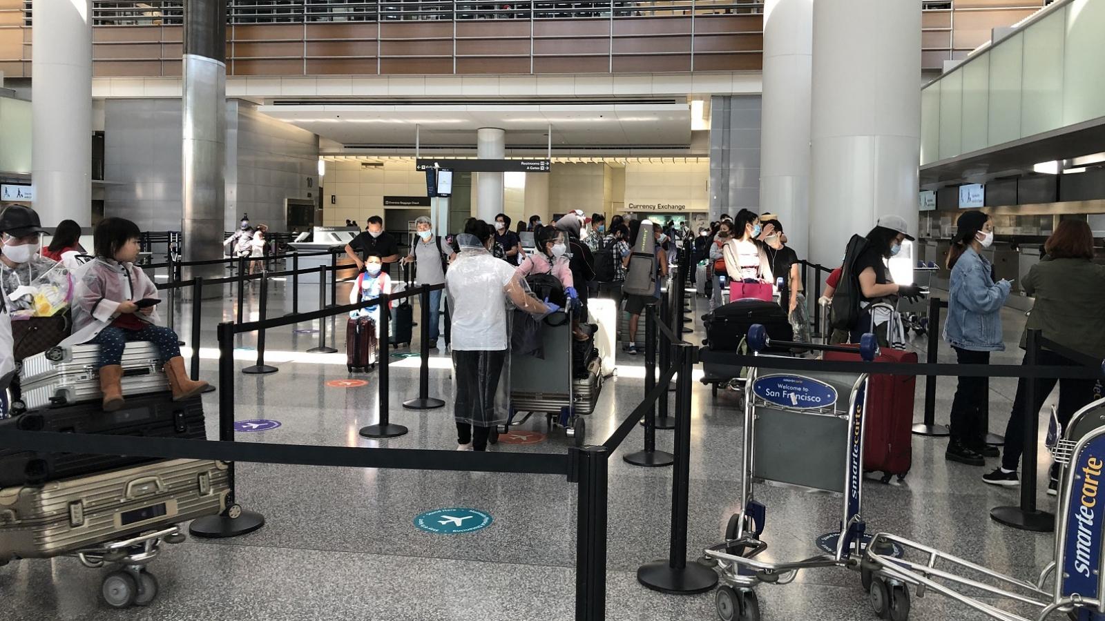 BNG khuyến cáo về hiện tượng lừa đảo người Việt mua vé máy bay về nước