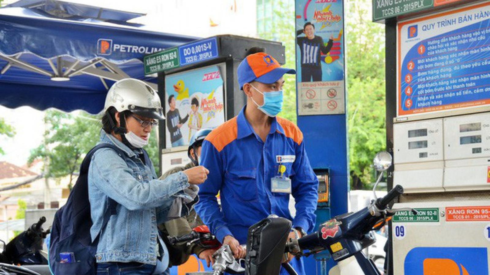 Xăng dầu tăng giá trước diễn biến phức tạp của dịch Covid-19