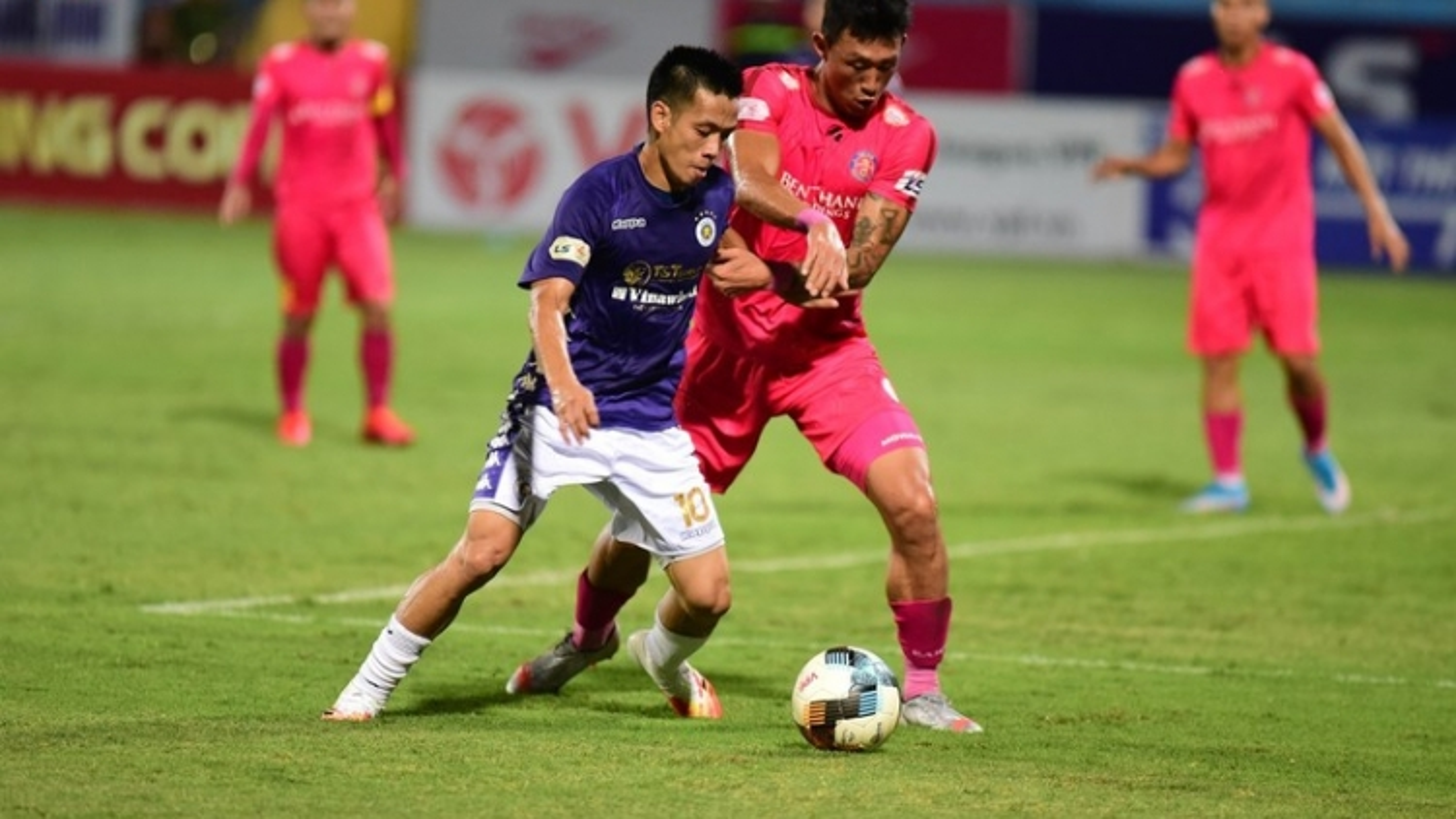 """""""Người nhện"""" của Hà Nội FC thừa nhận sự thật phũ phàng"""