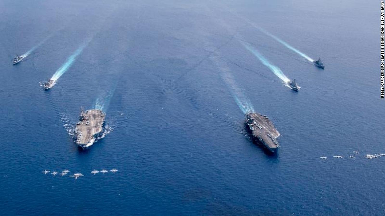 Hai tàu sân bay Mỹ tiếp tục tập trận ở Biển Đông