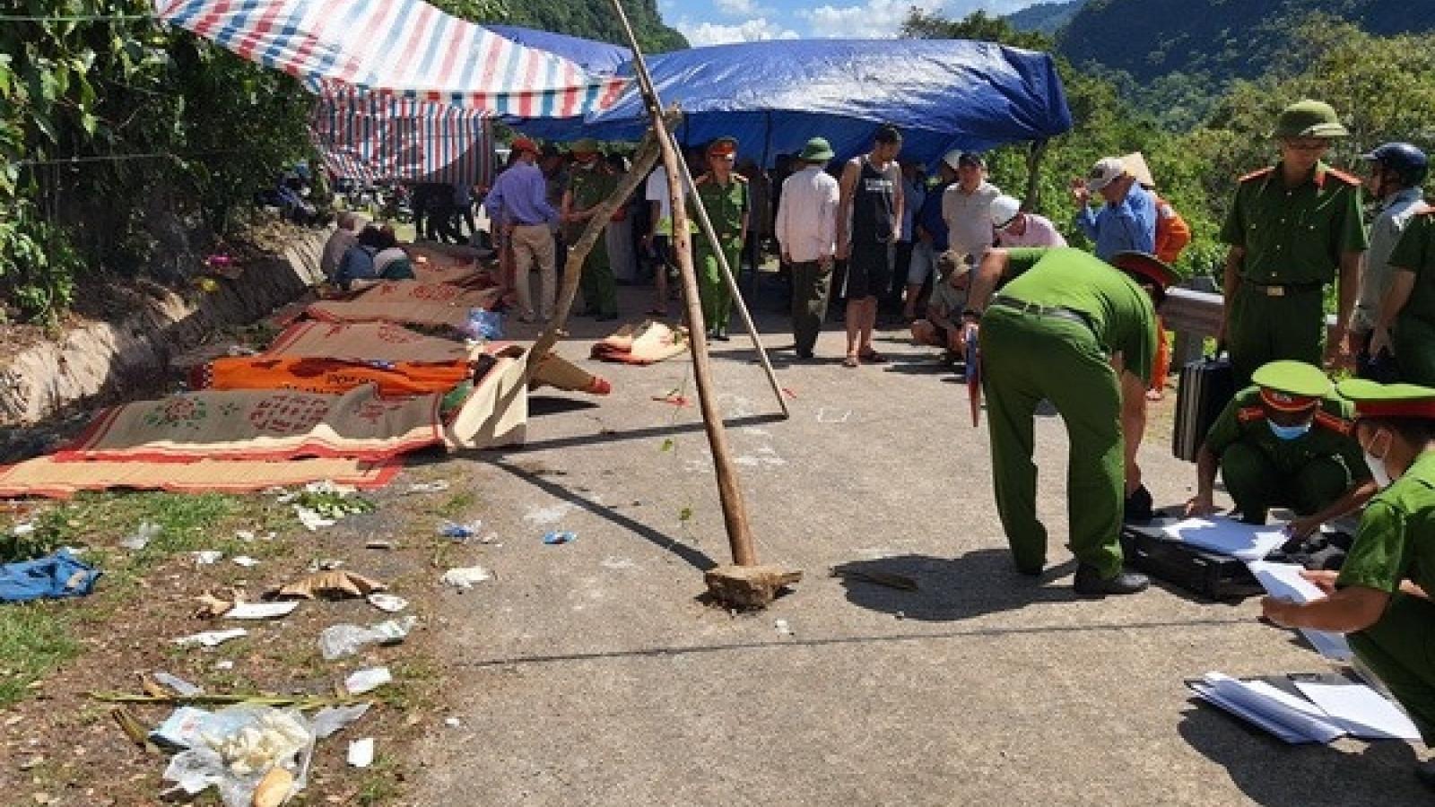 Tai nạn thảm khốc tại Quảng Bình: Nạn nhân tử vong tăng lên 15 người