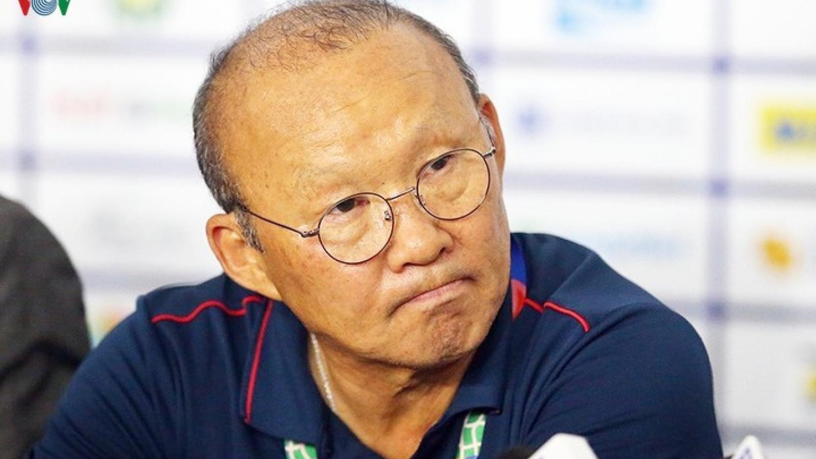 Hoãn AFF Cup sang năm 2021: HLV Park Hang Seo mừng ít, lo nhiều