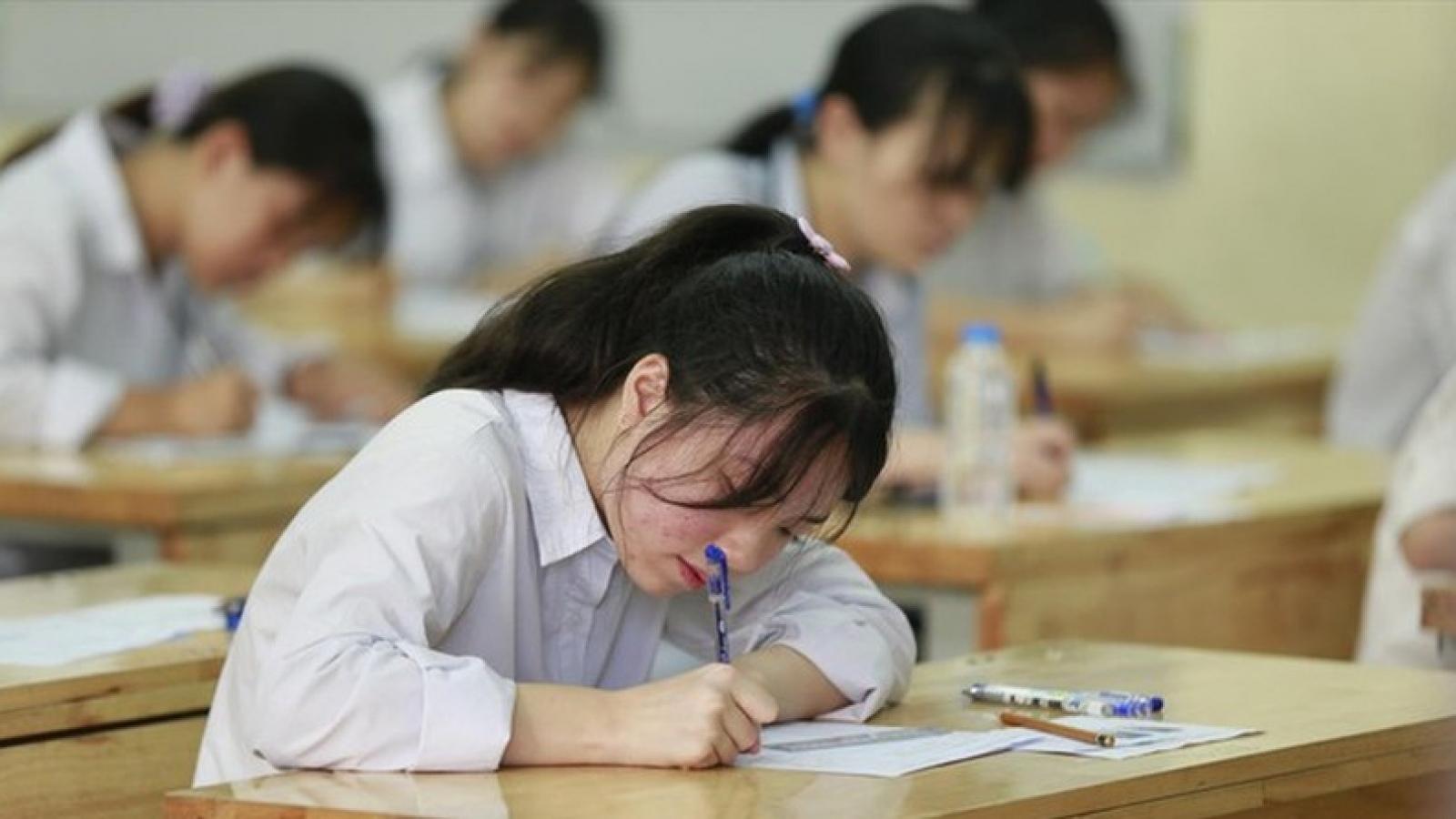 """Thi lớp 10 THPT tại Hà Nội: Phổ điểm sẽ """"rất đẹp"""""""