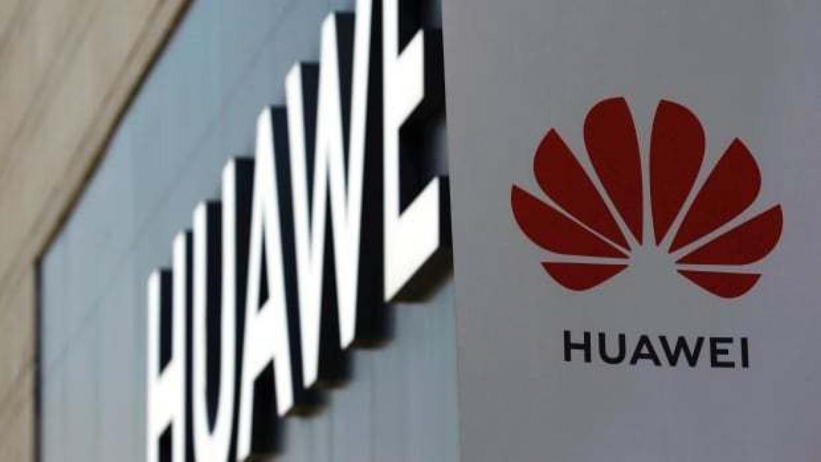 Trump thừa nhận đã thuyết phục Anh cấm thiết bị 5G của Huawei
