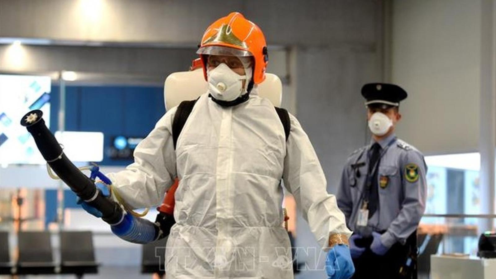 Hungary thắt chặt các biện pháp kiểm dịch ngăn ngừa dịch Covid-19