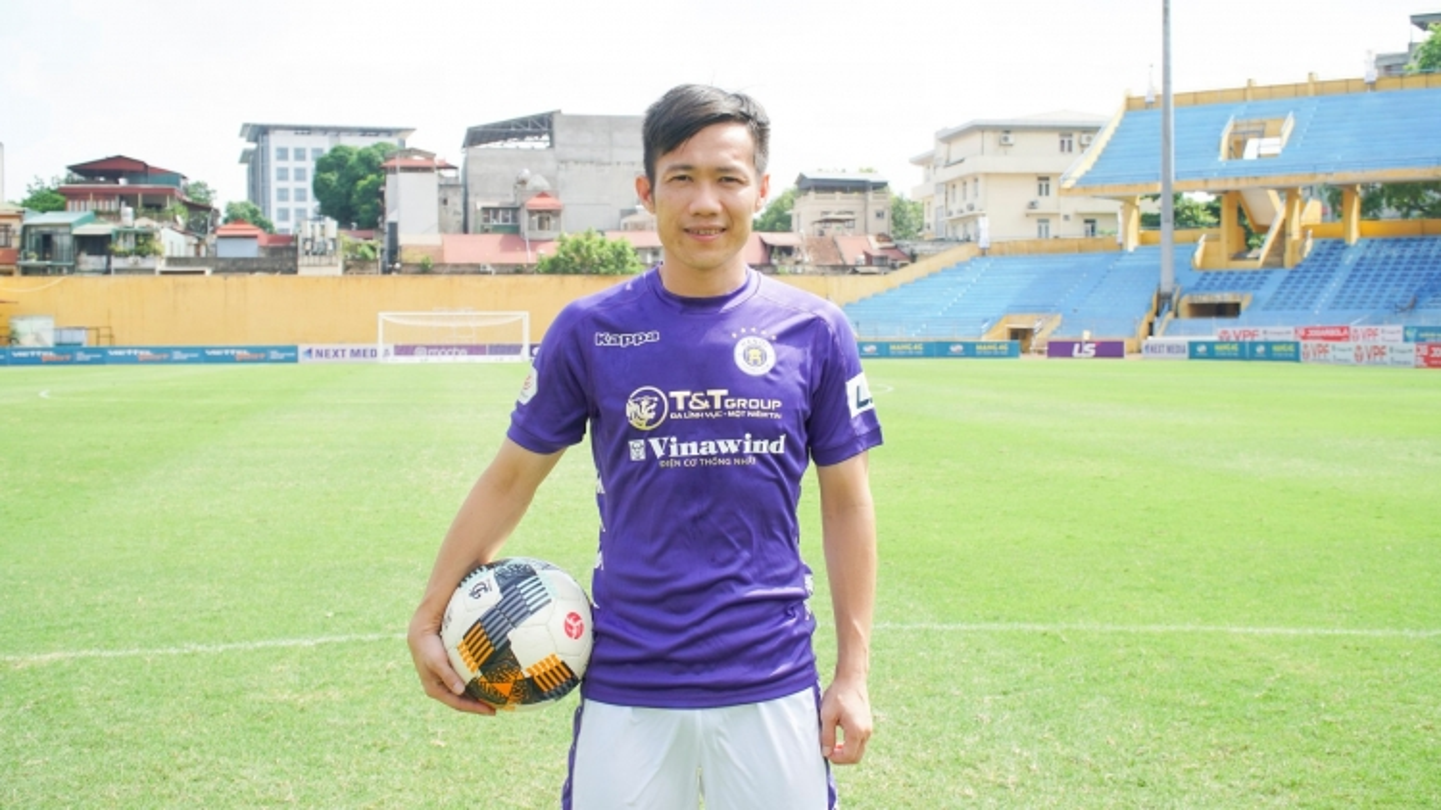 Lê Tấn Tài ra mắt Hà Nội FC, nhận áo số áo quen thuộc ở ĐT Việt Nam