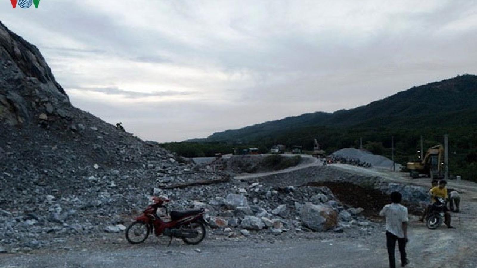 Tai nạn tại mỏ đá ở Quảng Bình khiến 1 công nhân tử vong