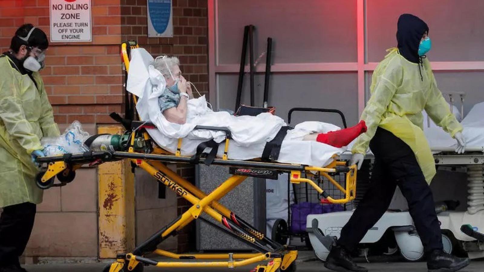 Mỹ ghi nhận gần 25.000 ca tử vong do Covid-19 trong tháng 7