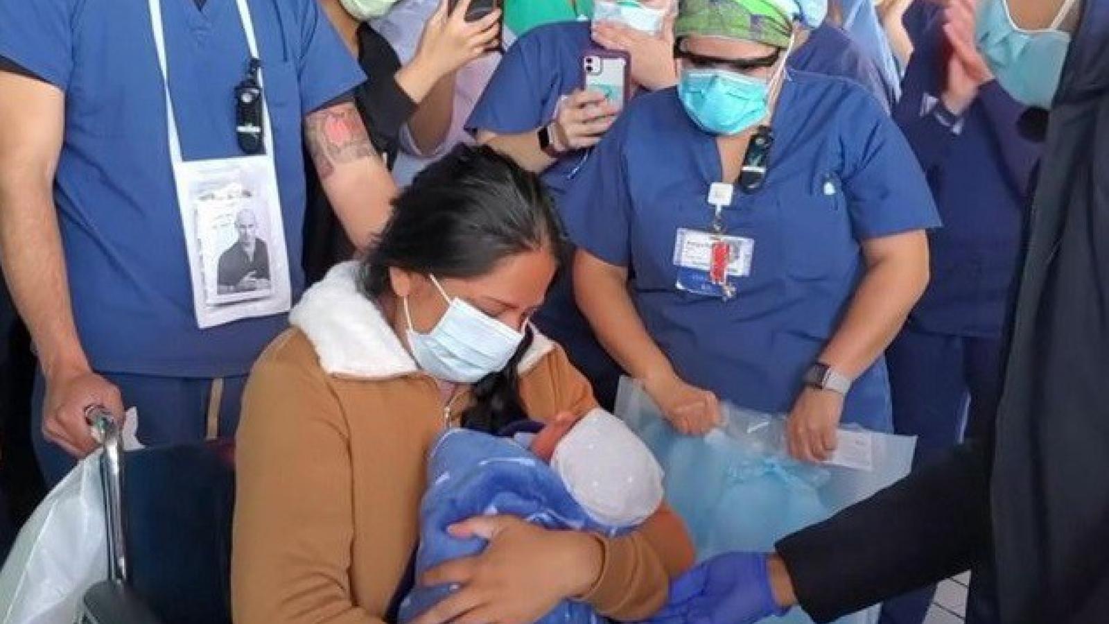85 trẻ sơ sinh ở Mỹ dương tính với Covid-19