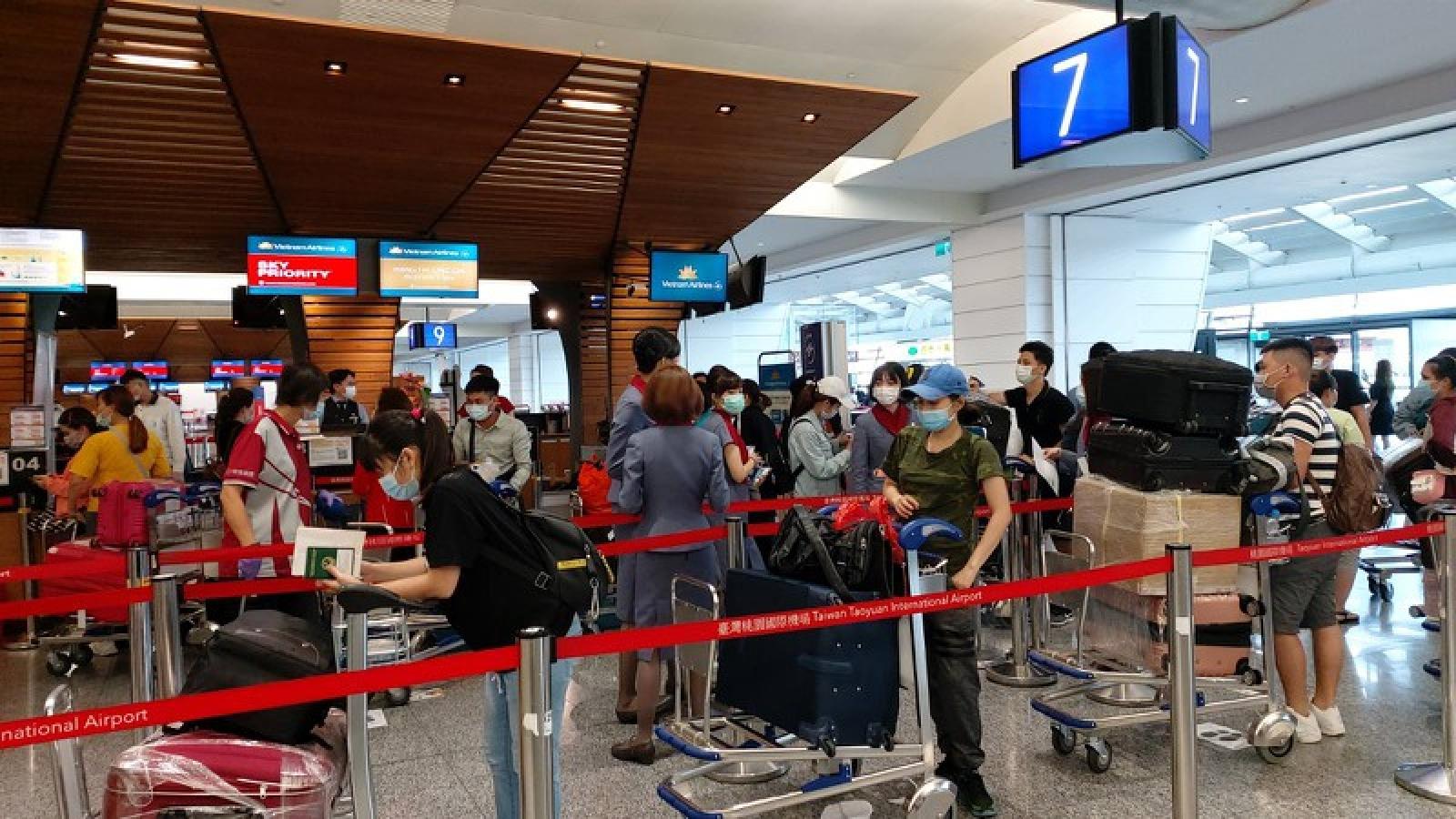 Đưa hơn 300 công dân Việt Nam từ Đài Loan (Trung Quốc) về nước