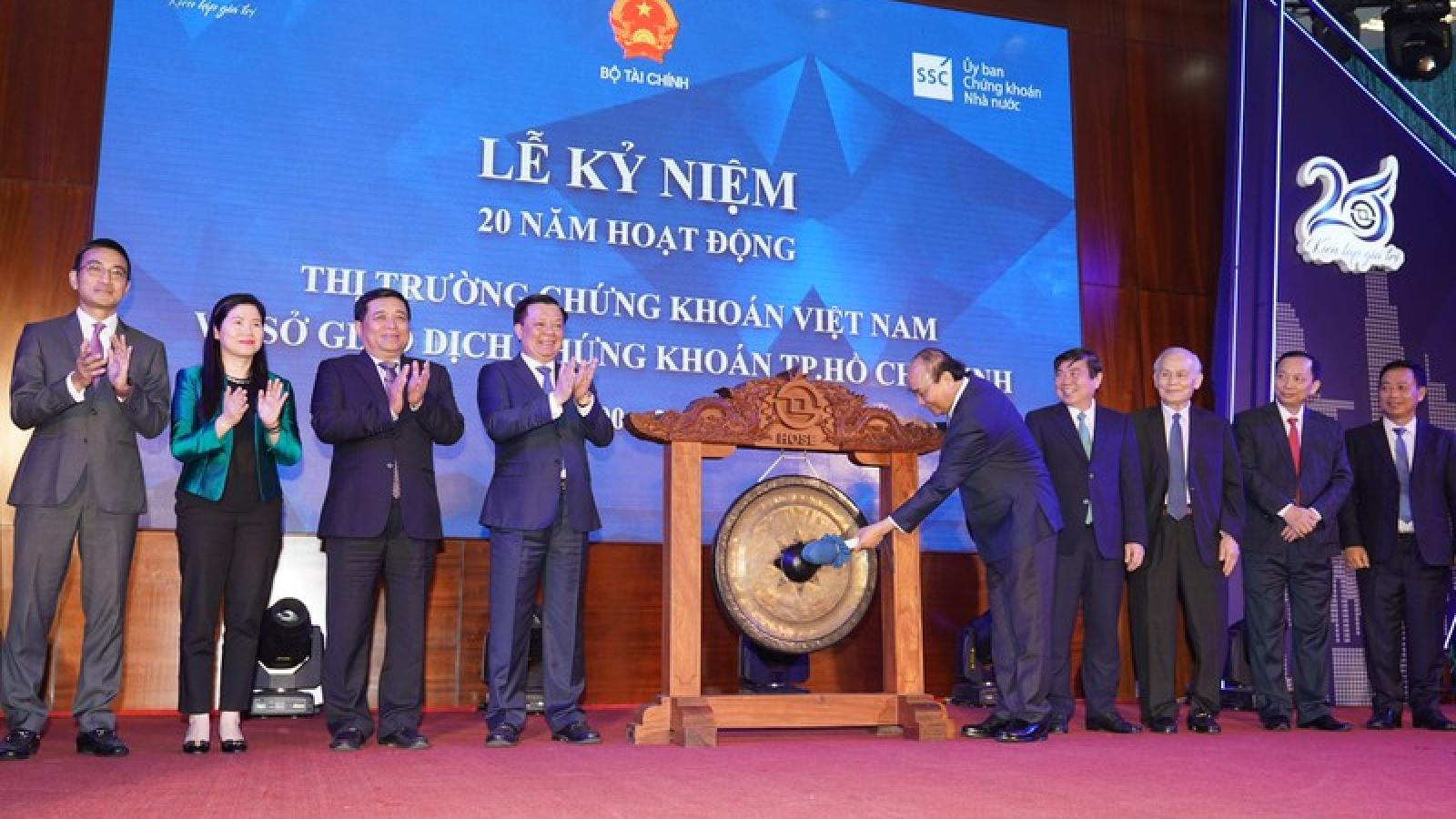 Thủ tướng: Đưa thị trường chứng khoán Việt Nam thành điểm đến toàn cầu