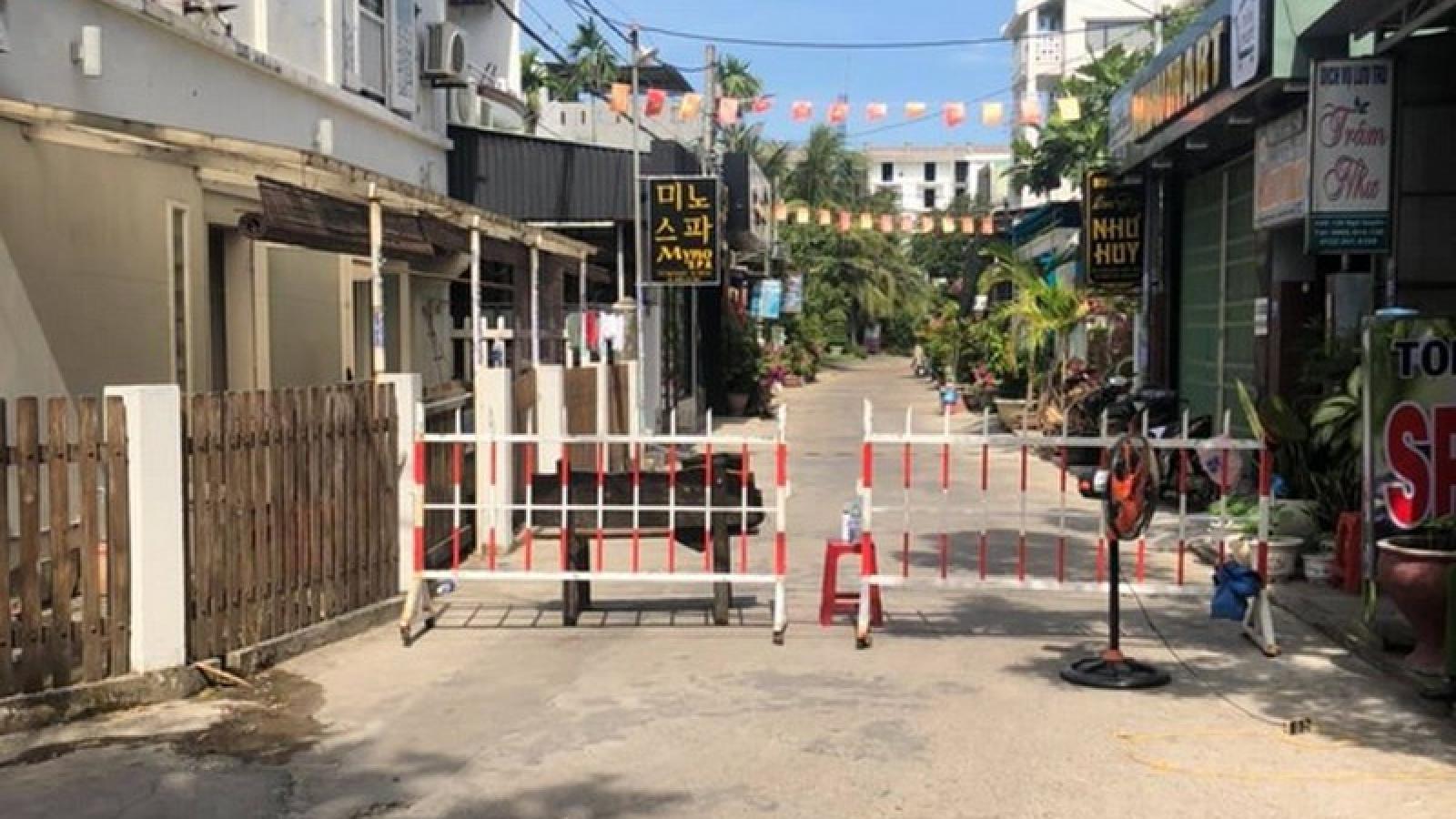 Quảng Nam phong tỏa một khu phố tại Hội An