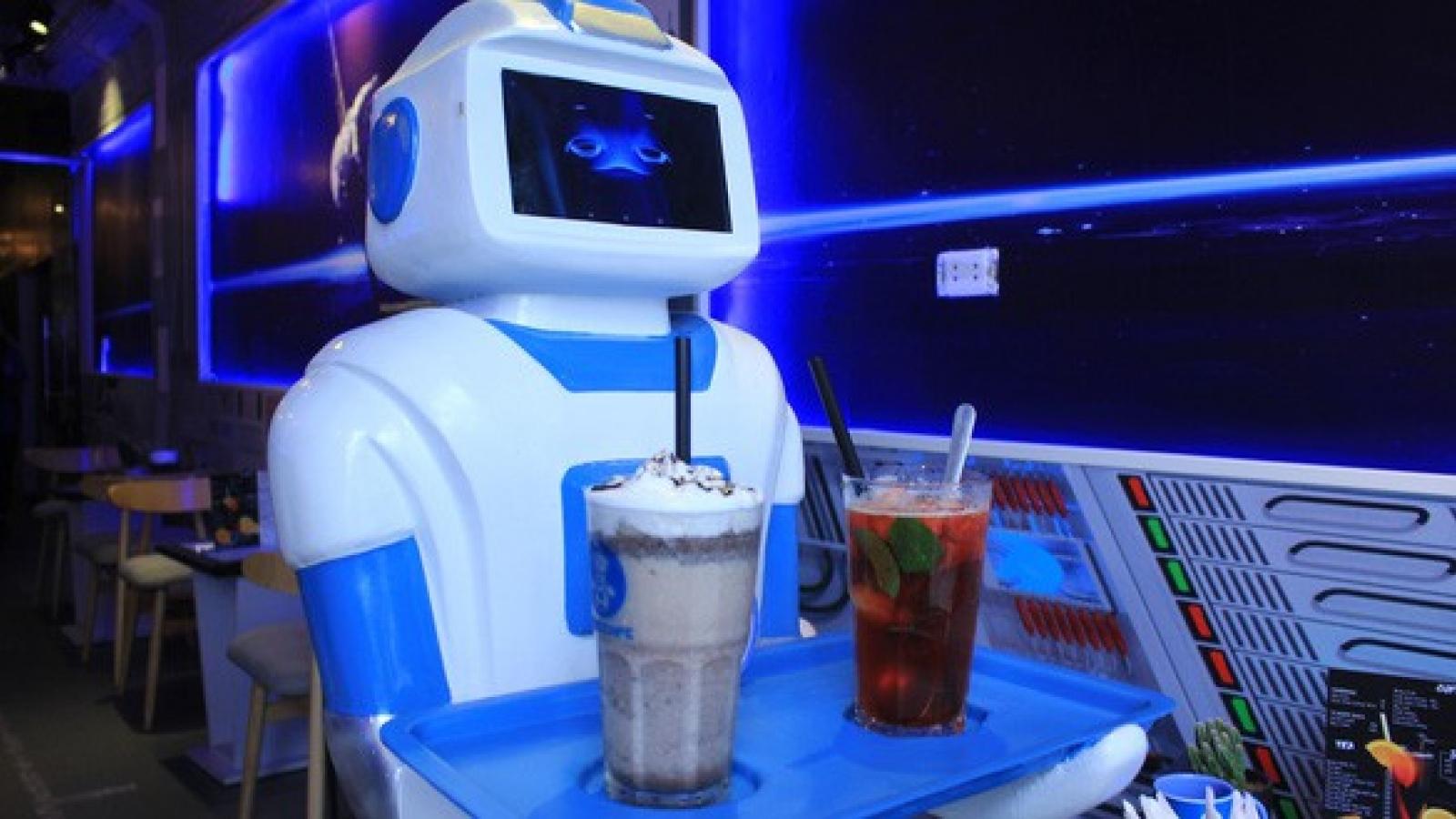 Nhân viên robot: Phát động làn sóng tự động hóa trong ngành bán lẻ