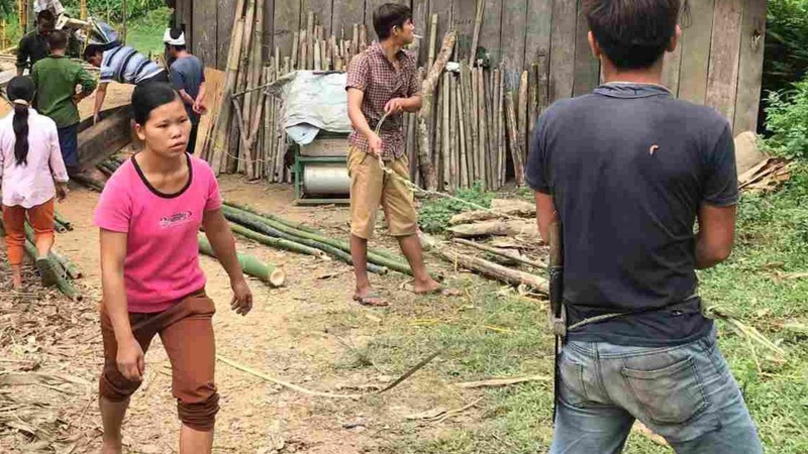 Chồng sát hại vợ rồi trốn lên rừng tự sát