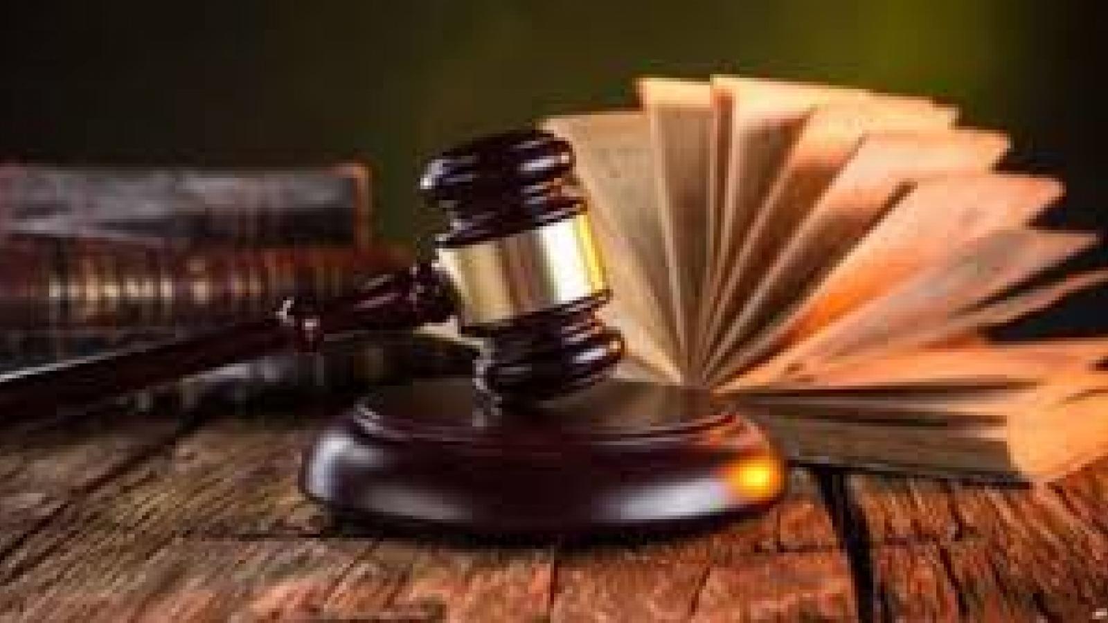 Khởi tố vụ án chiếm đoạt tài liệu bí mật Nhà nước