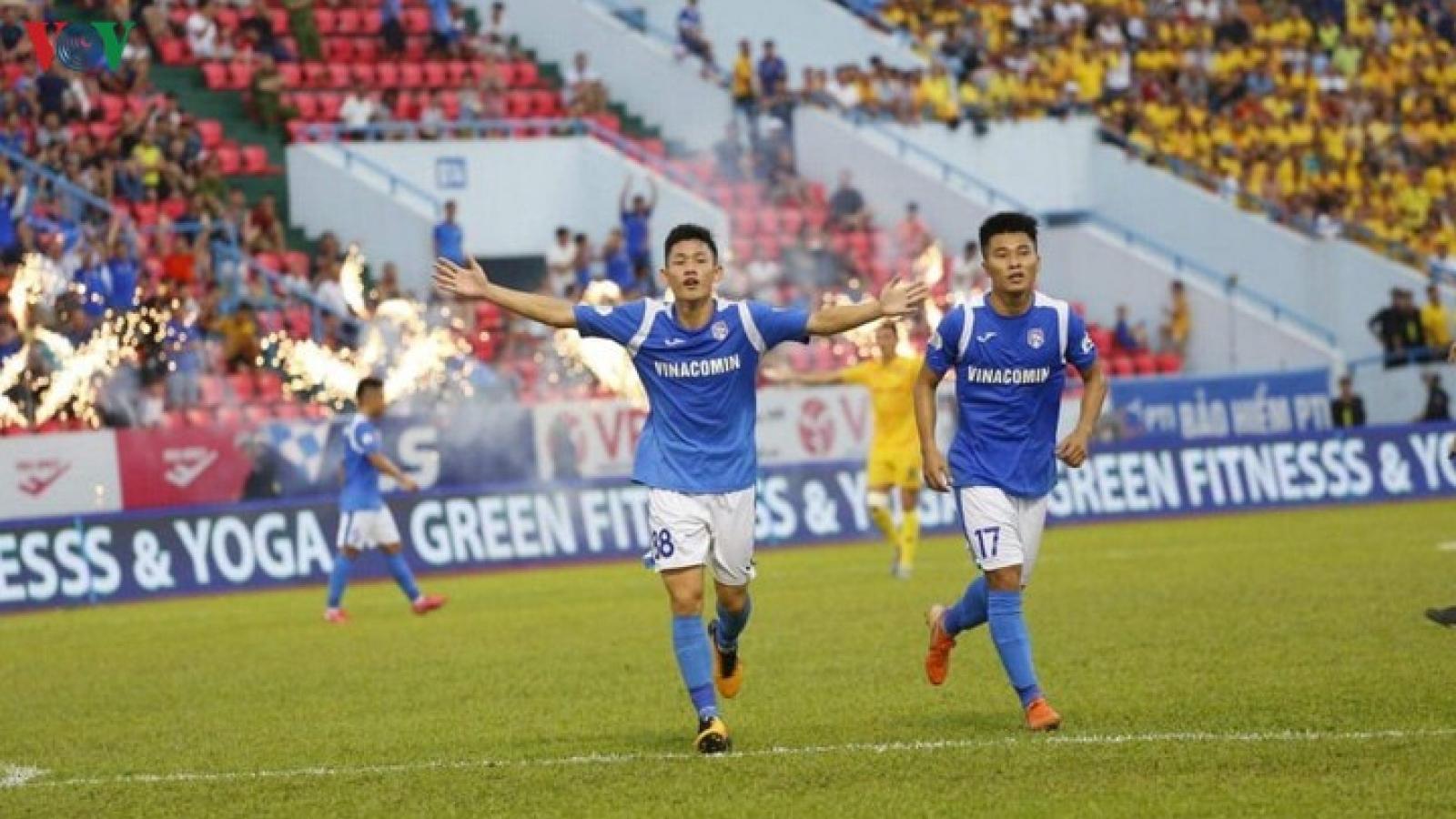 CLB Than Quảng Ninh phải cách ly, Cúp Quốc gia lại dời lịch thi đấu