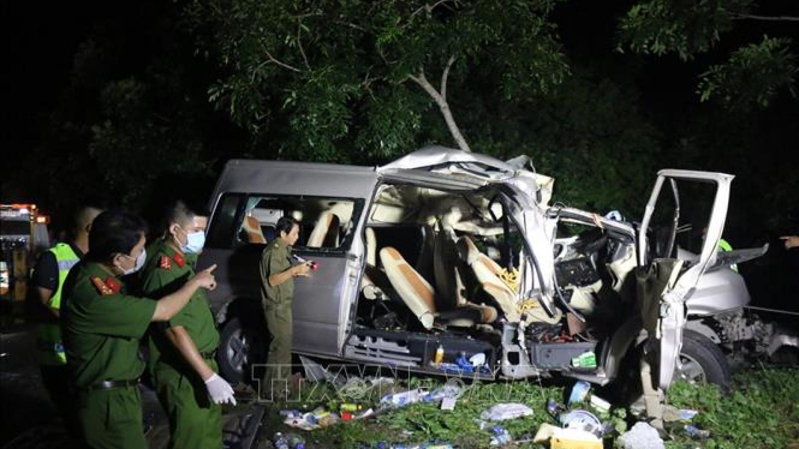 Phó Thủ tướng chỉ đạo điều tra vụ TNGT làm 8 người chết ở Bình Thuận