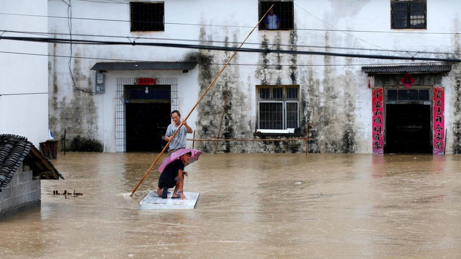 Mưa lũ ở lưu vực sông Trường Giang (Trung Quốc) diễn biến phức tạp