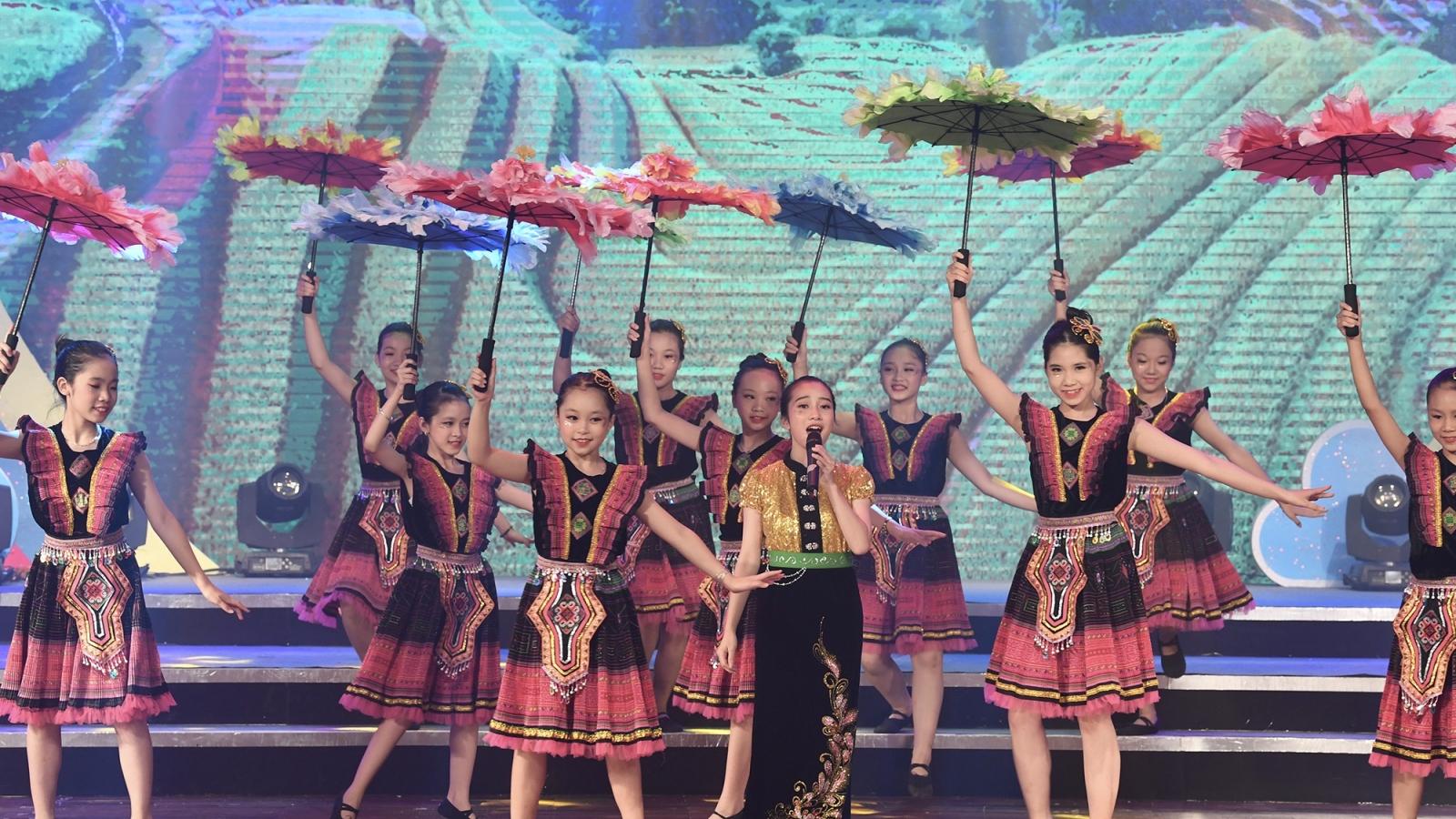 Hình ảnh đêm Công diễn và Trao giải Liên hoan Giai điệu Sơn ca 2020