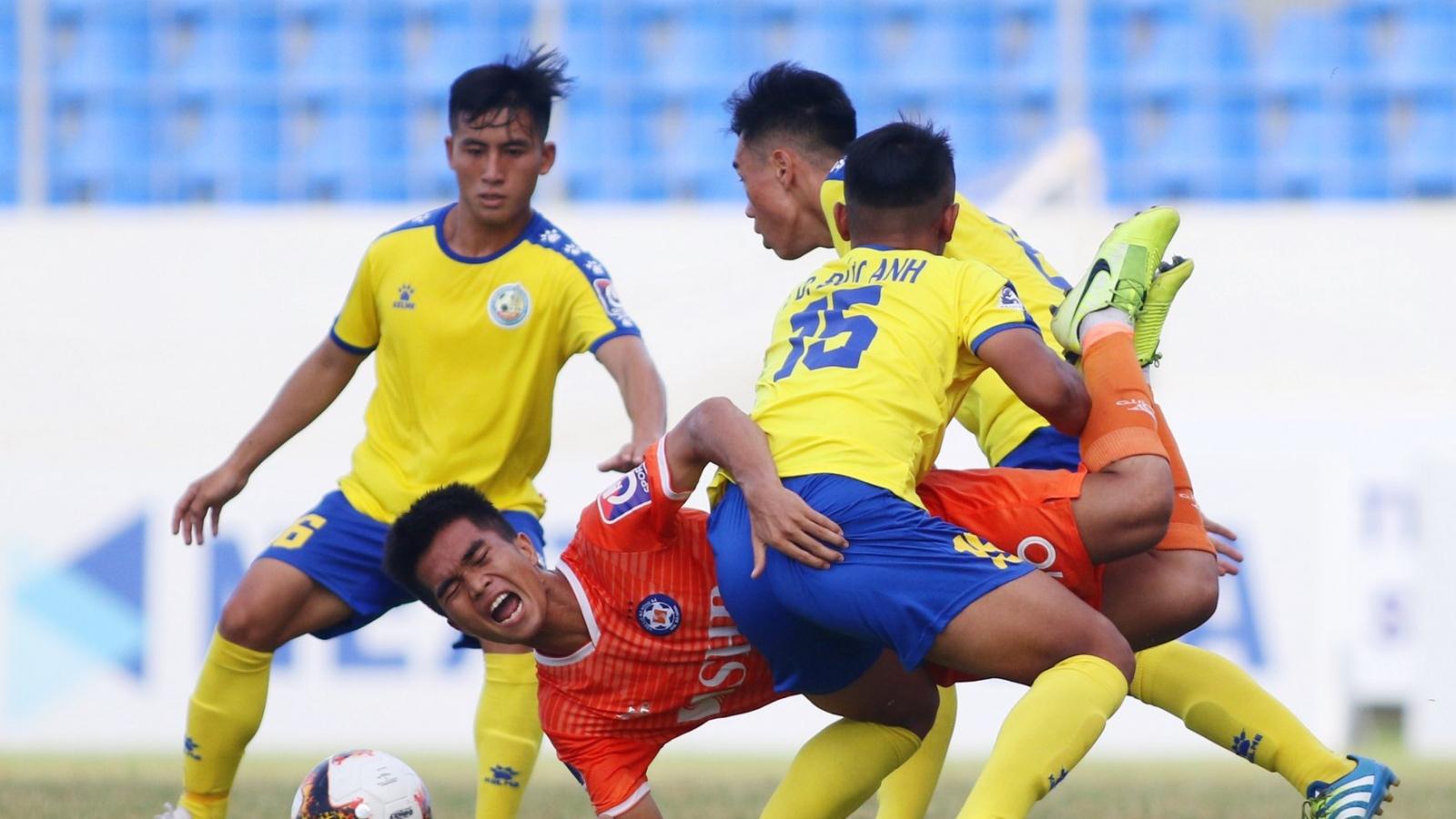 Trận bóng đá đầu tiên ở Việt Nam bị hoãn vì Covid-19 ở Đà Nẵng