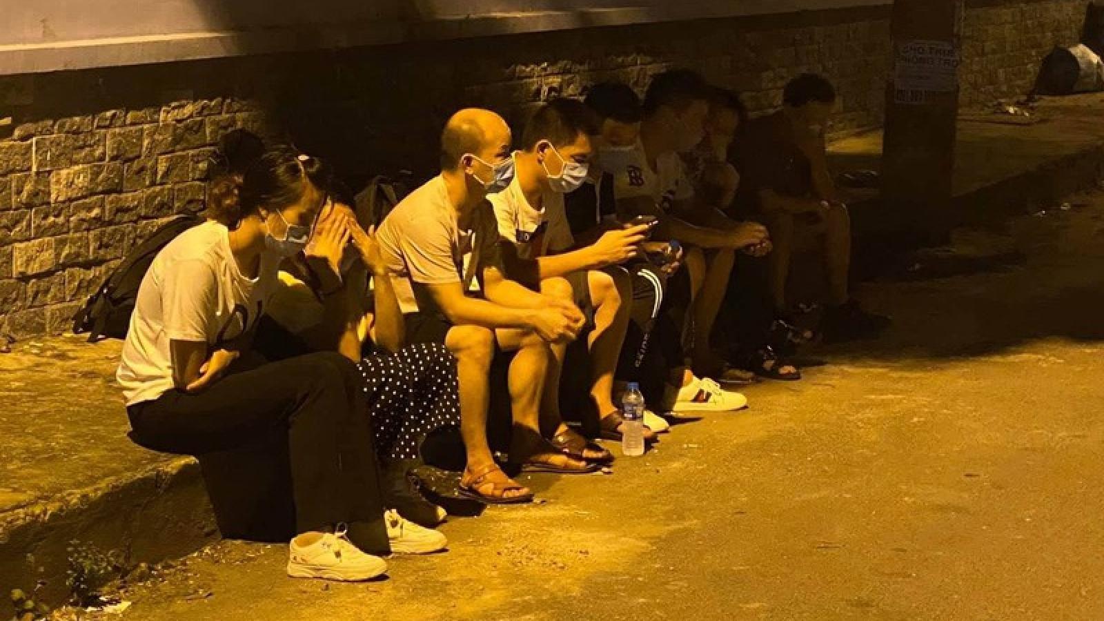 Phát hiện nhiều người Trung Quốc không giấy tờ tùy thân tại TPHCM