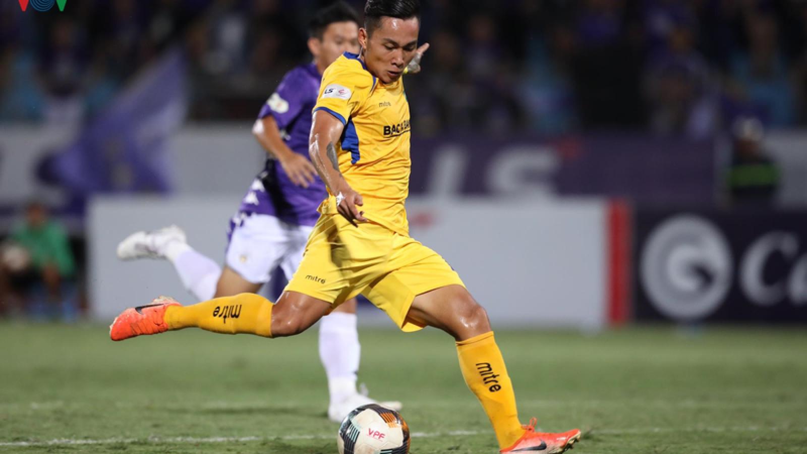 Đồng đội cũ Công Phượng đạt cột mốc đáng nhớ ở V-League