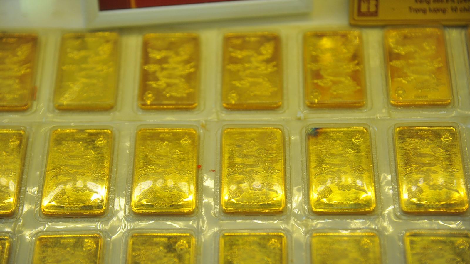 Giá vàng SJC quay đầu giảm nhưng vẫn chênh thế giới 3 triệu đồng/lượng