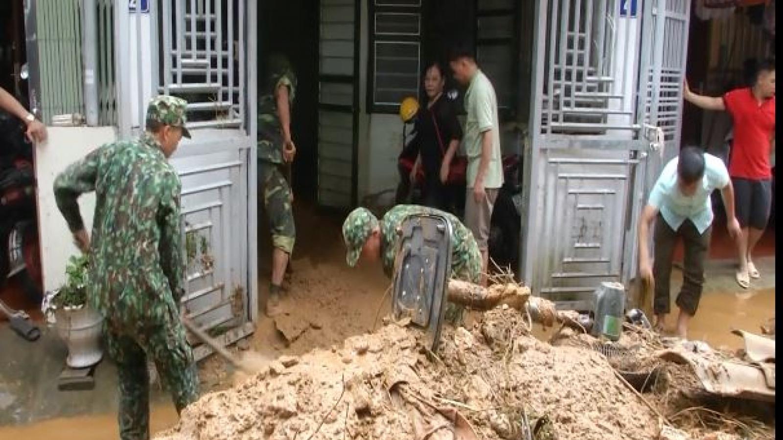 200 chiến sĩ hỗ trợ người dân Hà Giang khắc phục hậu quả mưa lũ