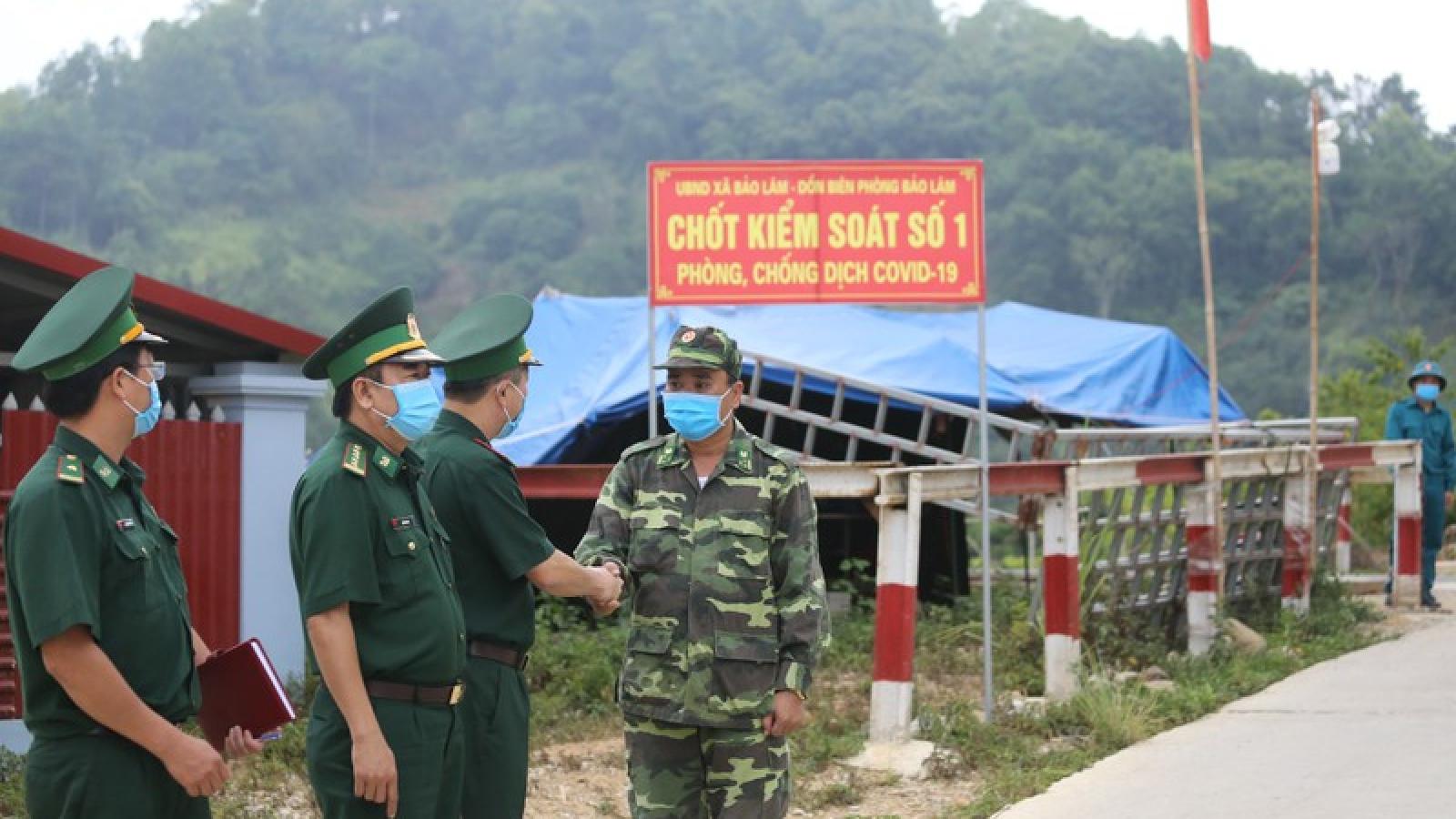 Lập chốt chặn đường mòn lối mở biên giới ngăn chặn xuất nhập cảnh trái phép