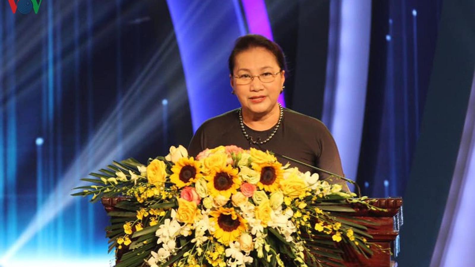 Chủ tịch Quốc hội dự Giải thưởng toàn quốc về thông tin đối ngoại 2020
