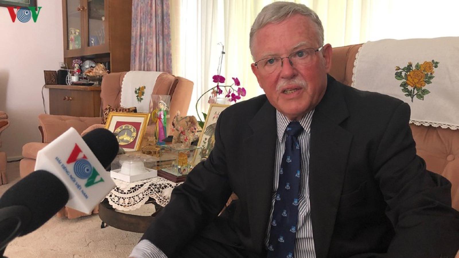 Giáo sư Carl Thayer: Việt Nam tạo ra lợi ích song trùng khi gia nhập ASEAN