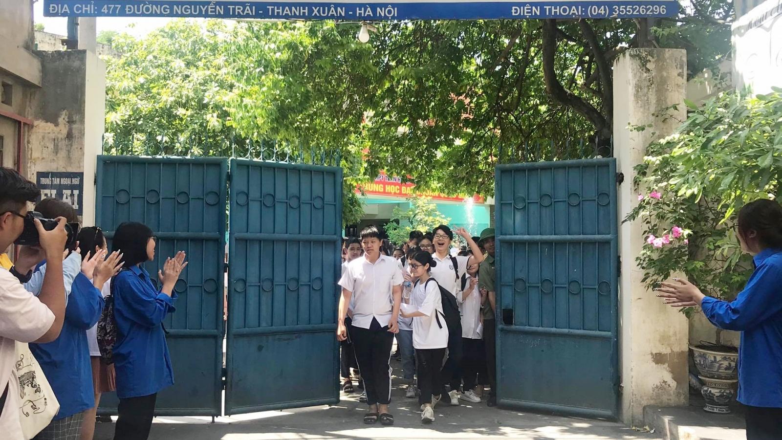 Thí sinh thi vào 10 tại Hà Nội hồ hởi vì làm tốt đề thi Ngữ văn