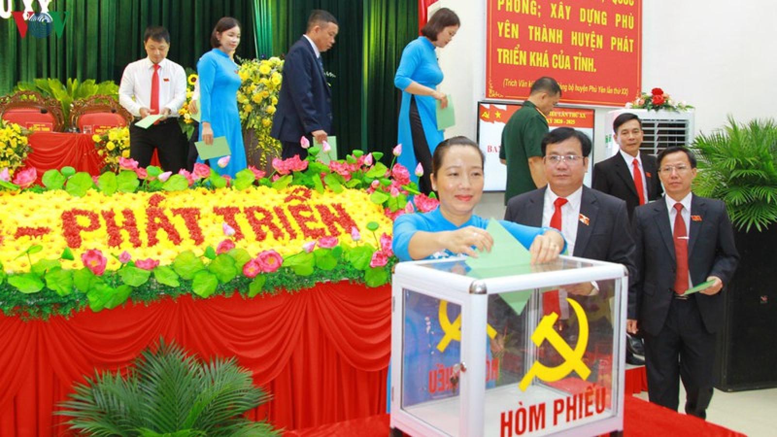Bà Lương Thị Như Hoa tái đắc cử Bí thư Huyện ủy Phù Yên, Sơn La